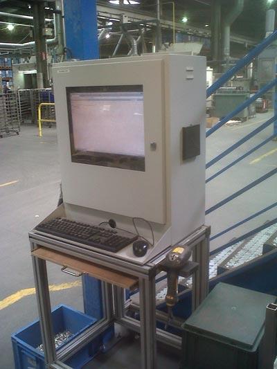 Armoire informatique pour moniteur lcd ecran lcd ip54 protection pour petit ordinateur pour - Armoire informatique industrielle ...